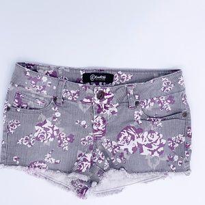 Gray/ flower denim shorts